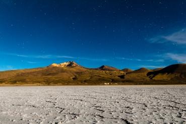 El salar de Uyuni de noche. Foto de larga exposicion (30 segundos)